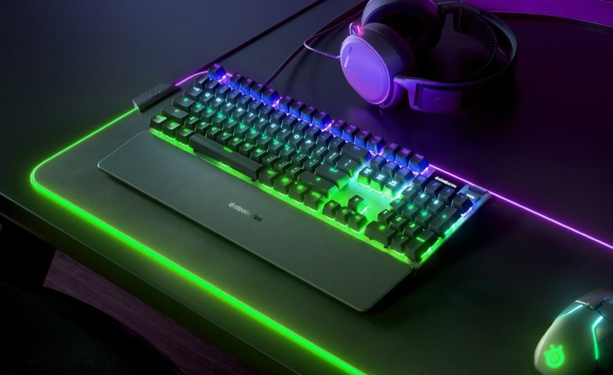 RGB w SteelSeries Apex Pro