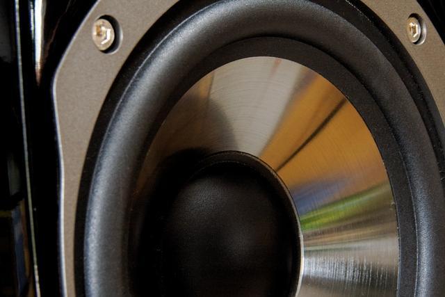 Jakie Najlepsze Głośniki Komputerowe Kupić – Na co Zwracać Uwagę!