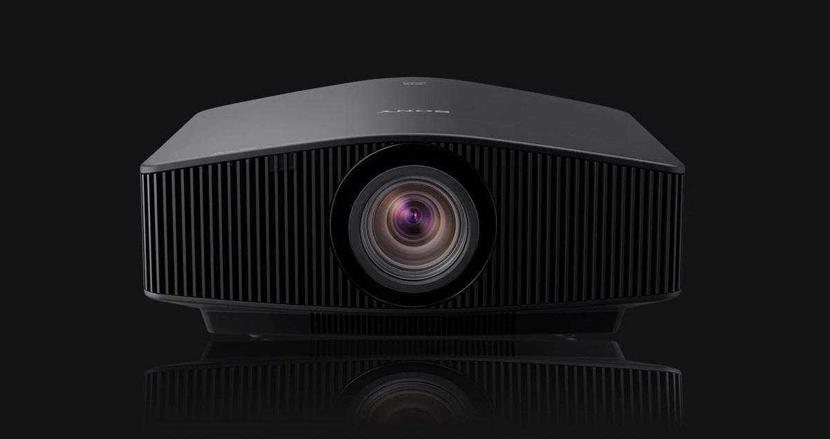 Sony VPL-VW890ES to projektor z laserowym źródłem światła