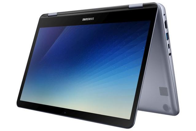 Samsung Notebook 7 Spin daje możliwość korzystania z niego jako z laptopa i tabletu.
