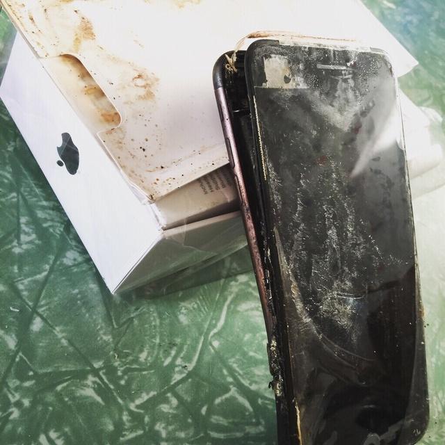 IPHONE 7 po wybuchu