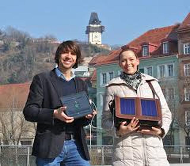 Na Targach IFA Zaprezentowano Świetne Torby i Plecaki z Panelami Słonecznymi