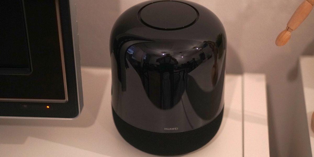 Huawei Sound X obejmuje całe pomieszczenie dzięki głośnikom Hi-Fi 360 stopni