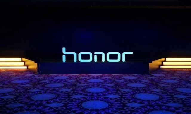 Honor Magic Pozuje na Zdjęciach - Rośnie Konkurencja dla Mi Mix!