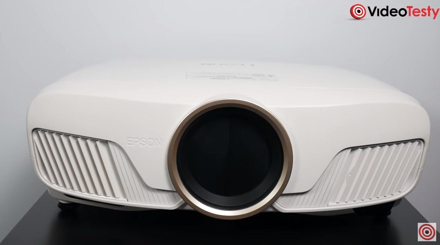Epson EH-TW7400 duża obudowa projektora 3LCD