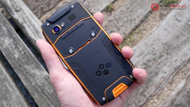 MyPhone Hammer Axe M LTE tył