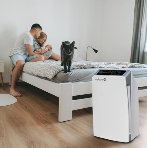 oczyszczacz Webber AP8300 w domu z małym dzieckiem i kotem