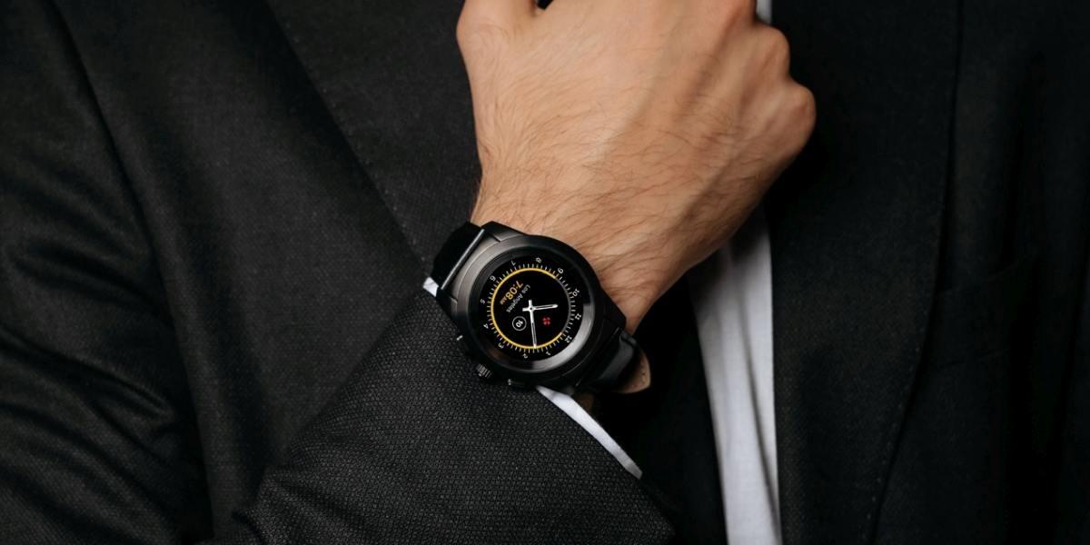 MyKronoz ZeTime łączy wygodę tradycyjnego zegarka ze smart funkcjami