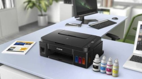 Canon Pixma G2411 (2313C025AA) na biurku