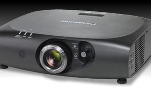 Panasonic PT-RZ470E