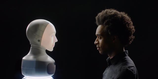 Furhat robotics bedzie miec twarz z hologramu