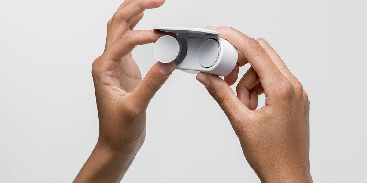 Surface Earbuds pozwolą skorzystać z asystenta głosowego