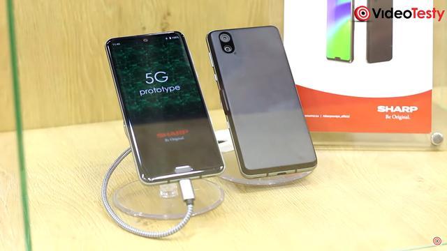 Sharp Aquos R3 ma obsługiwać 5G, co przy małej baterii nie skończy się dobrze