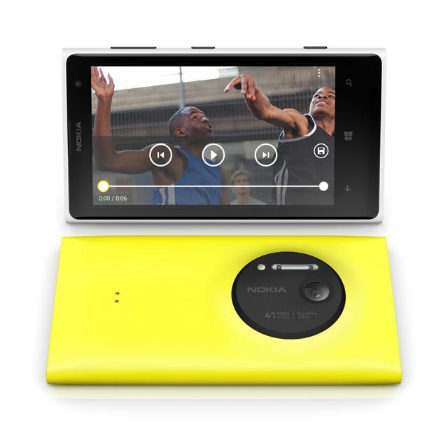 Zoom – stworzony na nowo: premiera smartfonu Nokia Lumia 1020