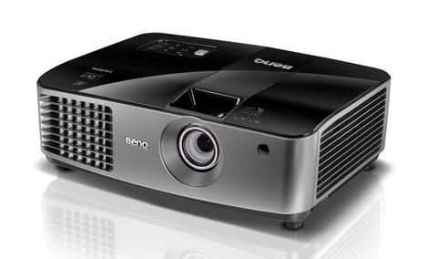BenQ MX722 – uniwersalny projektor XGA, 4000 ANSI lumenów