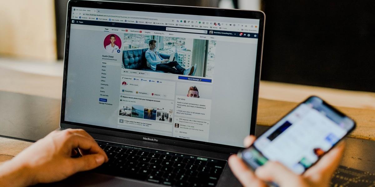 Facebook ma problemy nie tylko z prywatnością, ale i wizerunkiem (fot. Austin Distel)