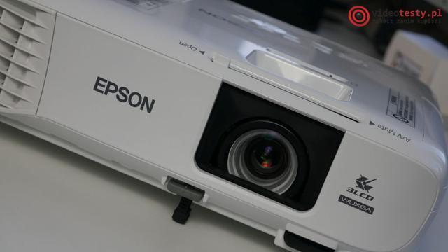 Przód projektora Epson EB-U05