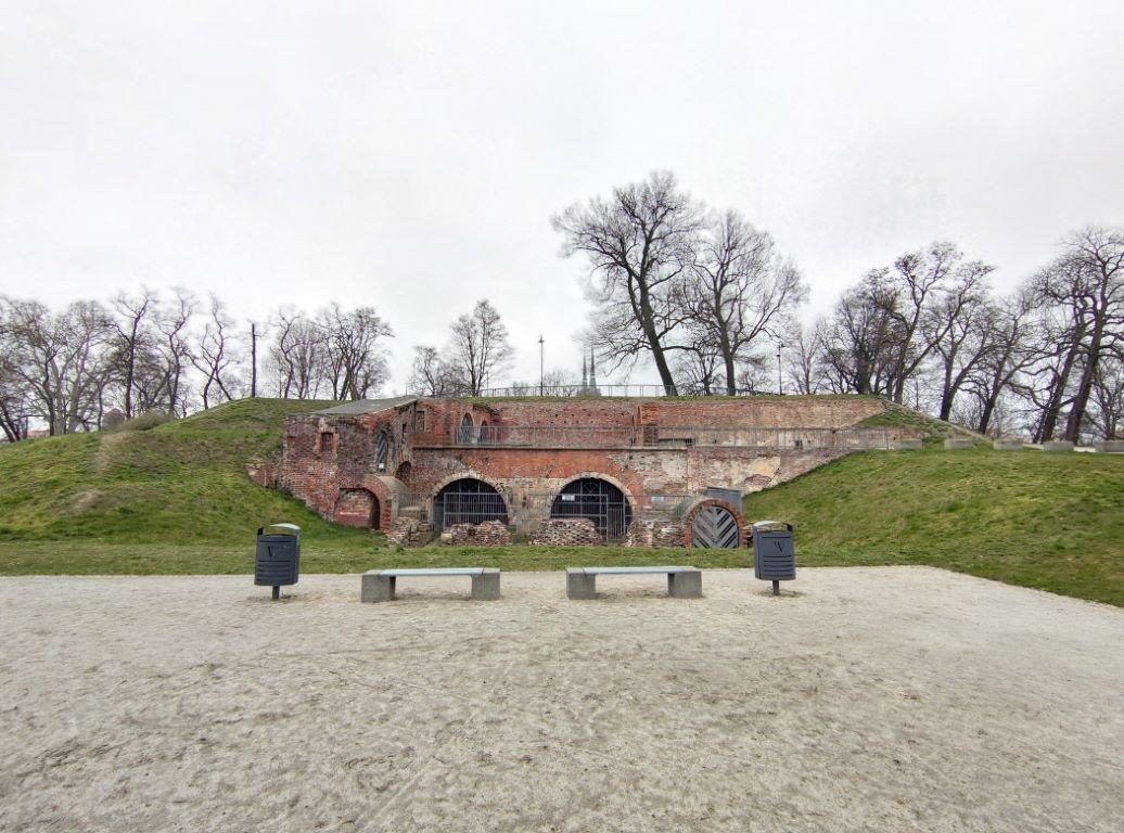 Zdjęcie dawnych konstrukcji miejskich