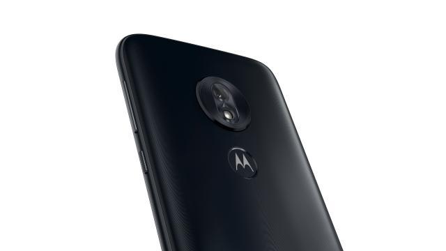 Motorola G7 Play ma pojedynczy aparat