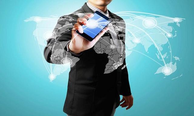 Poziom Sprzedaży Smartfonów Pikuje w Dół!