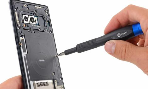 Samsung Galaxy S9 - Jak dużo wyniesie naprawa?