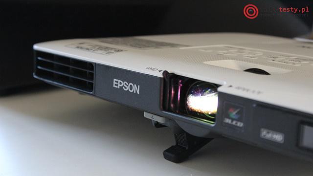 Projektor Epson EB-1795F przód