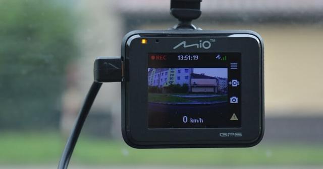 kamera samochodowa firmy Mio