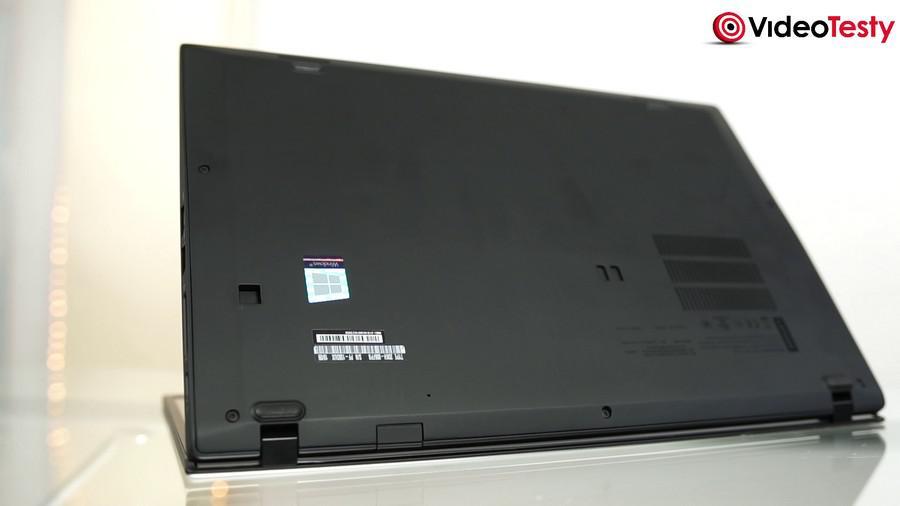 Lenovo X1 Carbon - tył