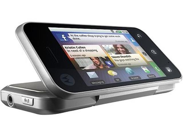 Motorola Backflip – smartfon o nowatorskiej konstrukcji
