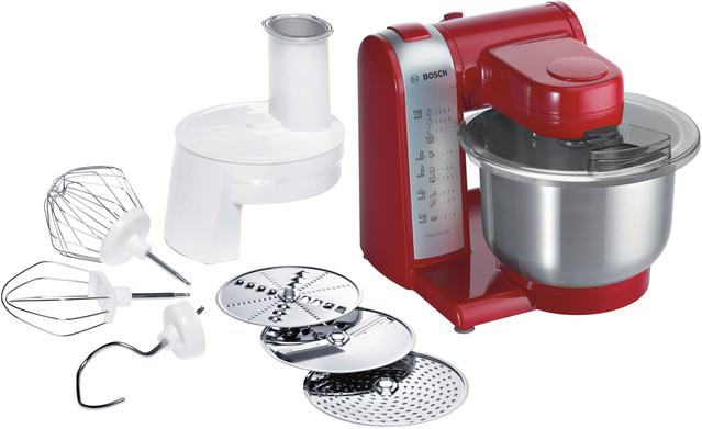 czerwony robot kuchenny Bosch z akcesoriami