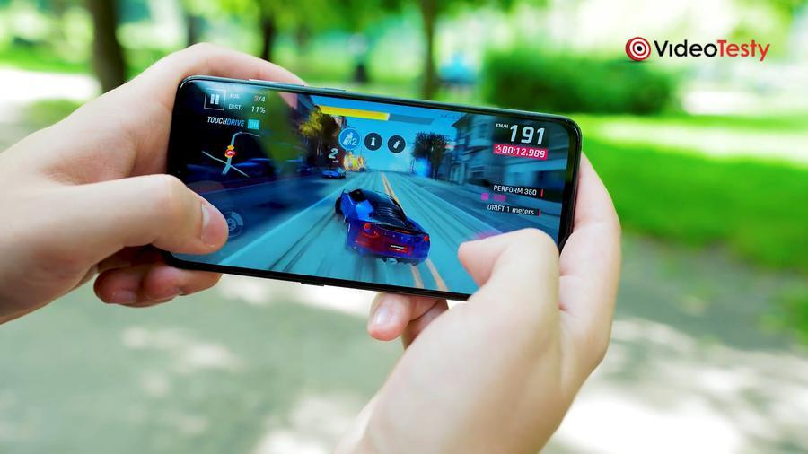 Xiaomi Mi 9 to telefon dla fanów wydajności