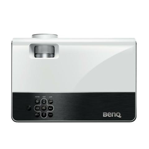 BenQ W600+
