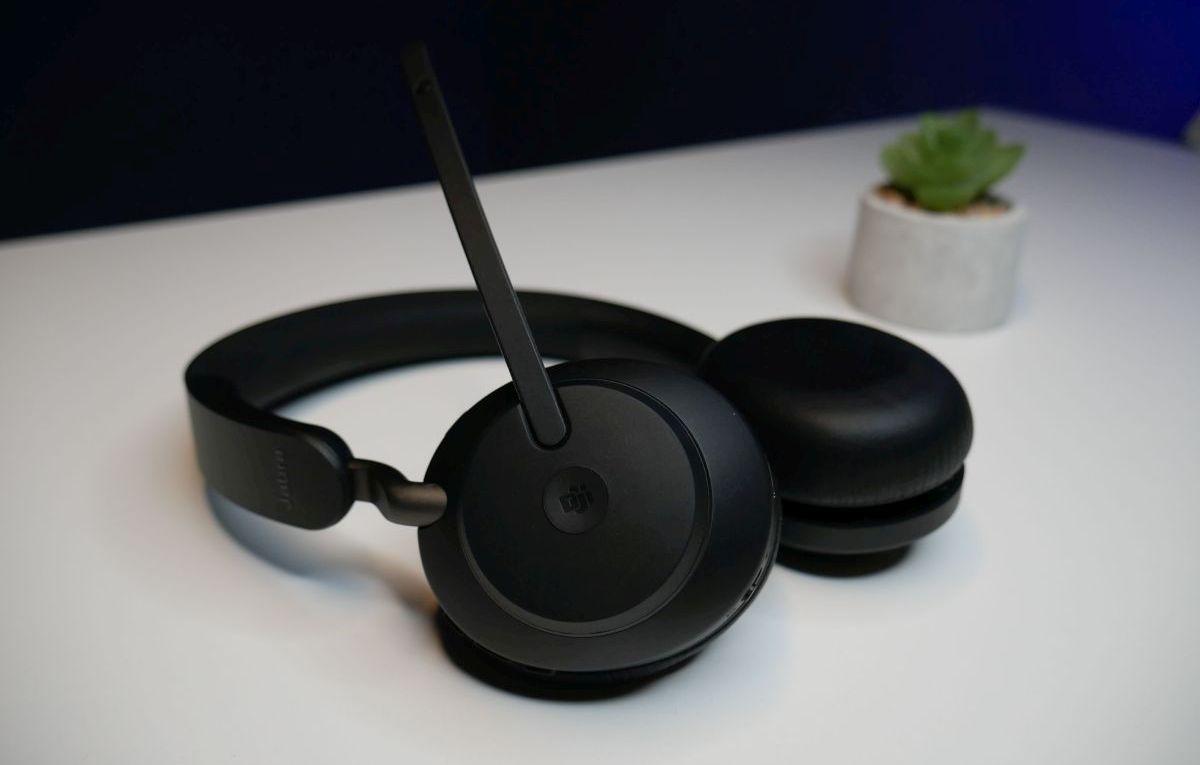 Jabra Evolve2 65 słuchawki nauszne dla nauczyciela