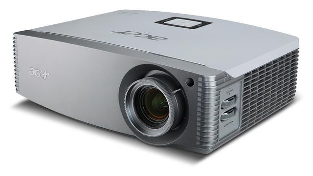 Projektor wideo Acer H9500. Wspaniała rozrywka w Twoim salonie
