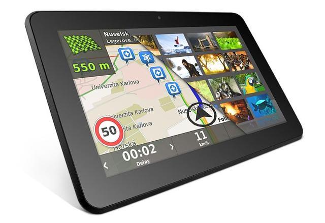 Overmax DualDrive 2 Max - tablet dla kierowców