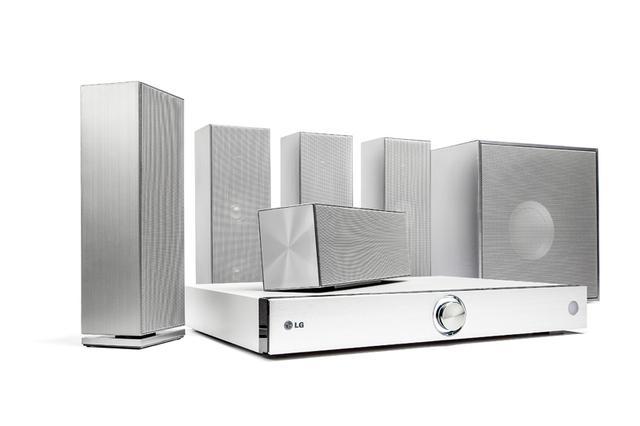 LG BH8220B - solidne kino domowe 3D