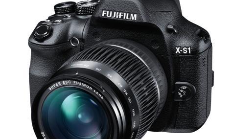 Nowy aparat Fujifilm FinePix X-S1