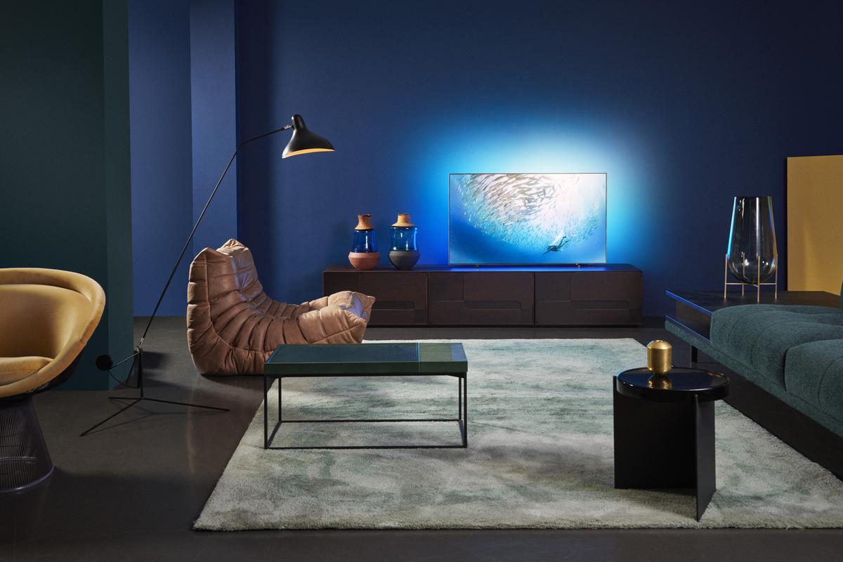 Philips OLED 805 w salonie