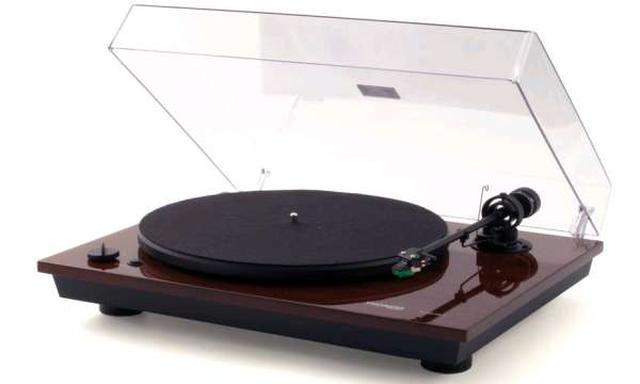 Prosty model gramofonu dla melomanów