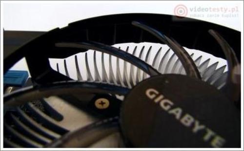GIGABYTE Radeon HD7770 AMD OC