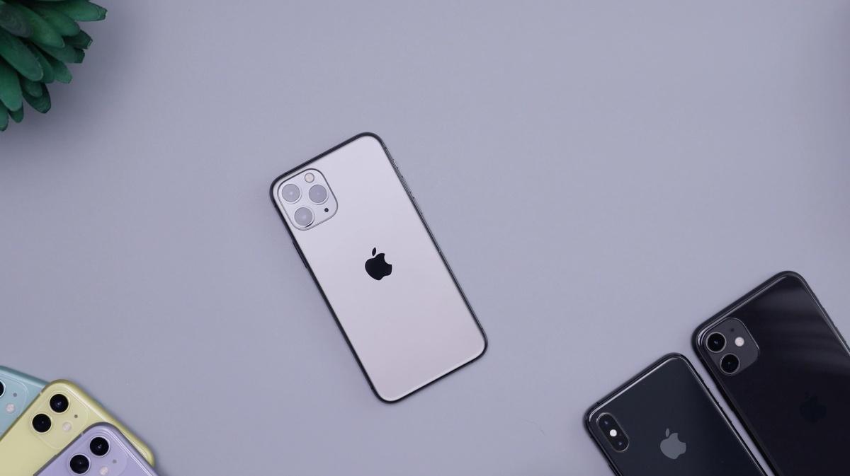 iPhone 11 Pro to jedno z zagrożonych błędem urządzeń (fot: Damian Romero)