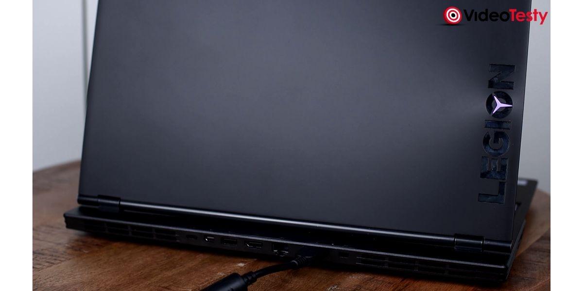 Lenovo Legion Y540 - porty tył