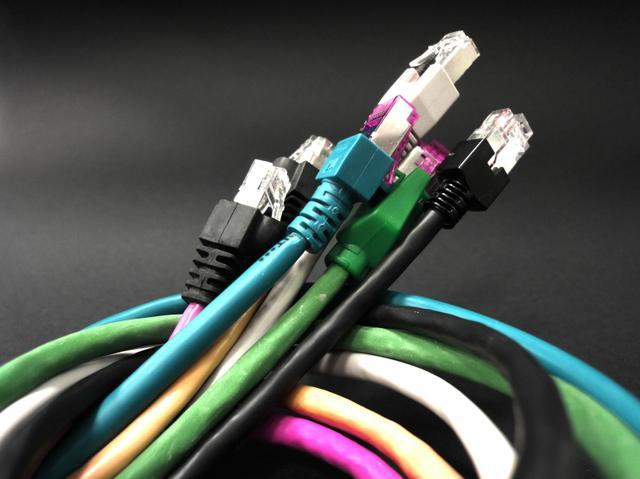 symetryczny internet