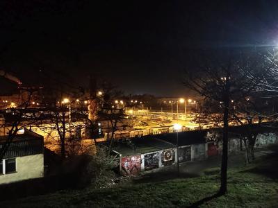 Zdjęcia nocą są nierówne