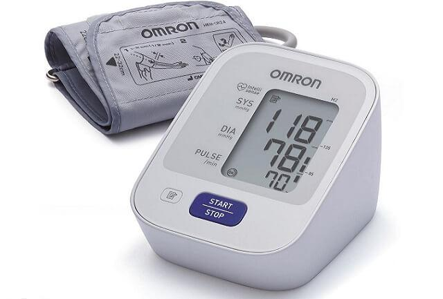 przystępny cenowo ciśnieniomierz Omron M2 Basic