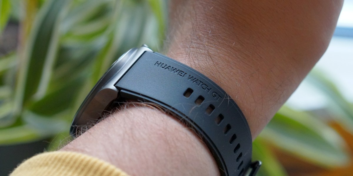 Huawei Watch GT 2 Pro oferuje dobrze spasowane elementy