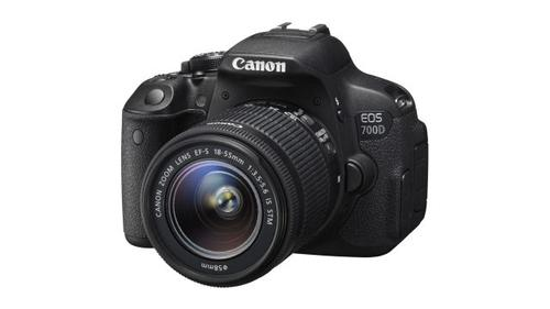 Canon EOS 700D Czarny + 18-55mm