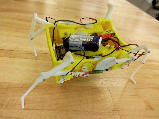 Robot z topionymi stawami