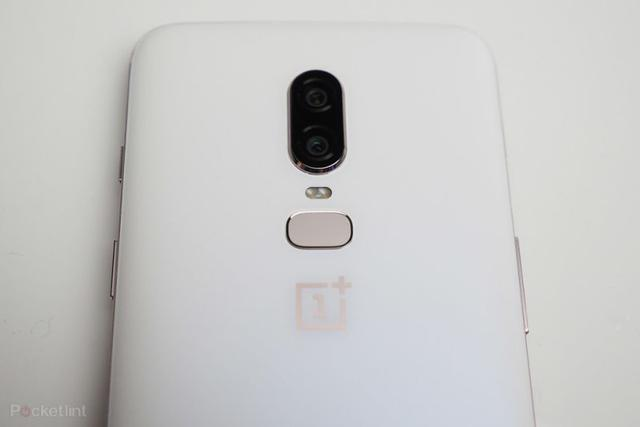 OnePlus 6 Silk White design