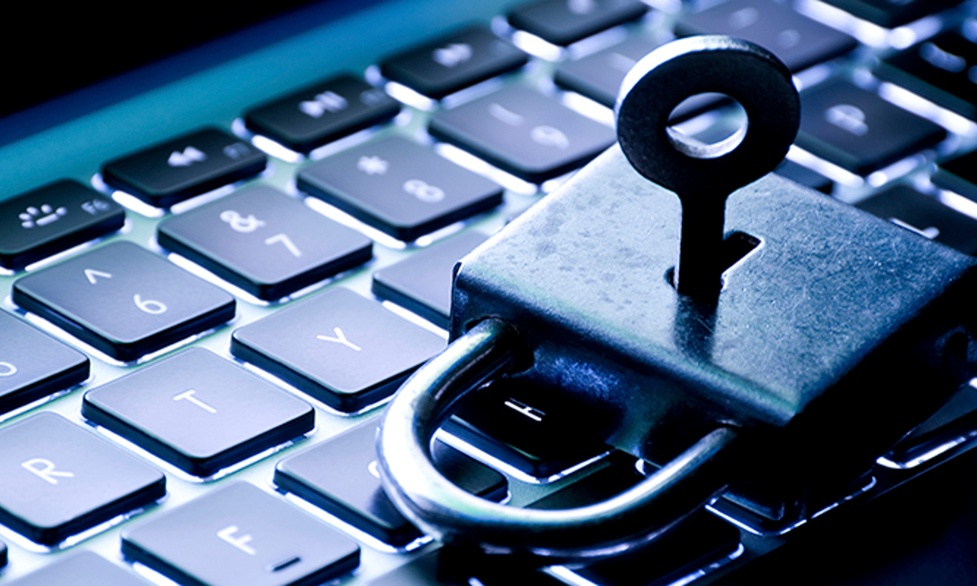 Popularne strony pornograficzne zaatakowane przez hakerów
